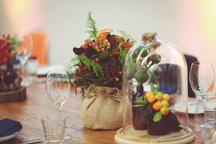 Close Up Table Florals